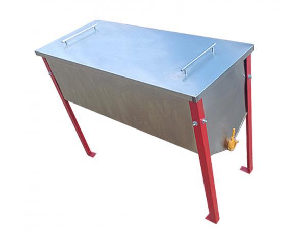 Стол для распечатки сотовых рамок с отделением для забруса и крышкой